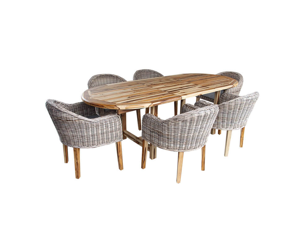 Laredo Set Table and Chairs