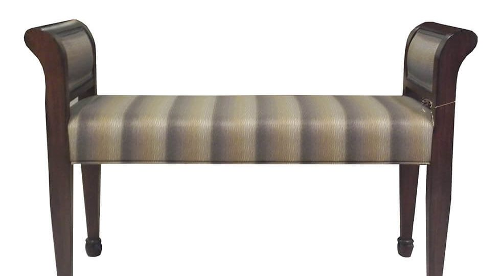 VERO UPHOLSTERED BENCH