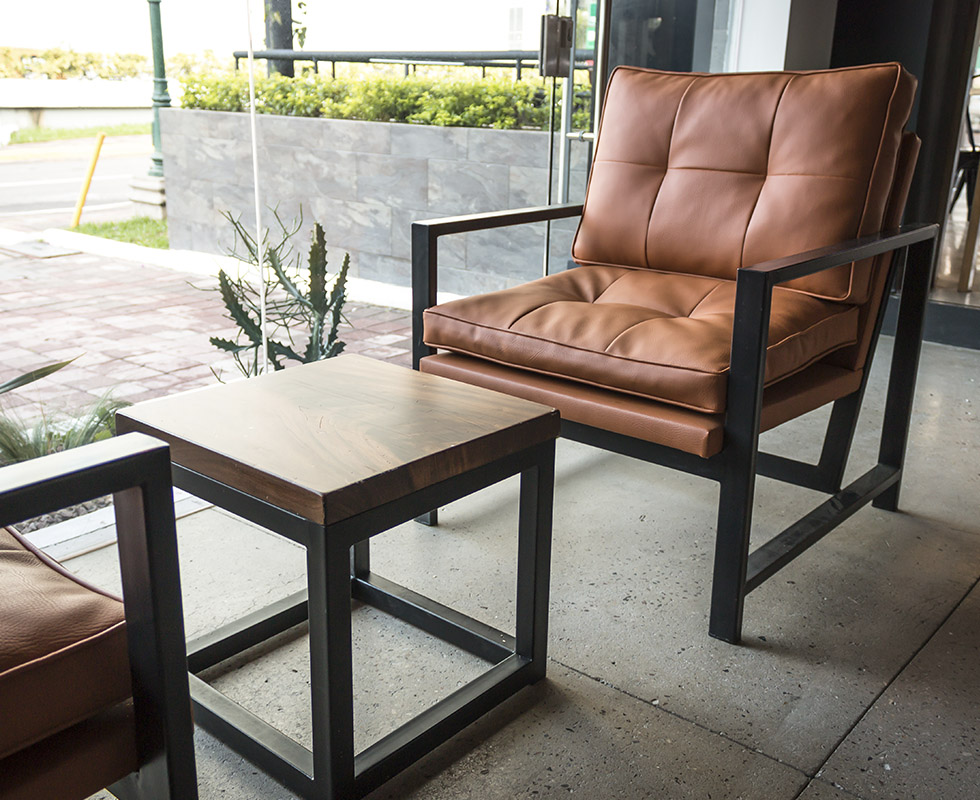Axel Lounge Chair