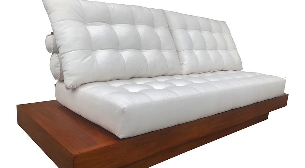 mour_sofa